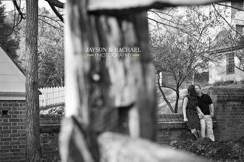 Hannah and Scottie's Historic Colonial Williamsburg engagement pictures